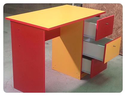 vonvang-muebles-de-colores